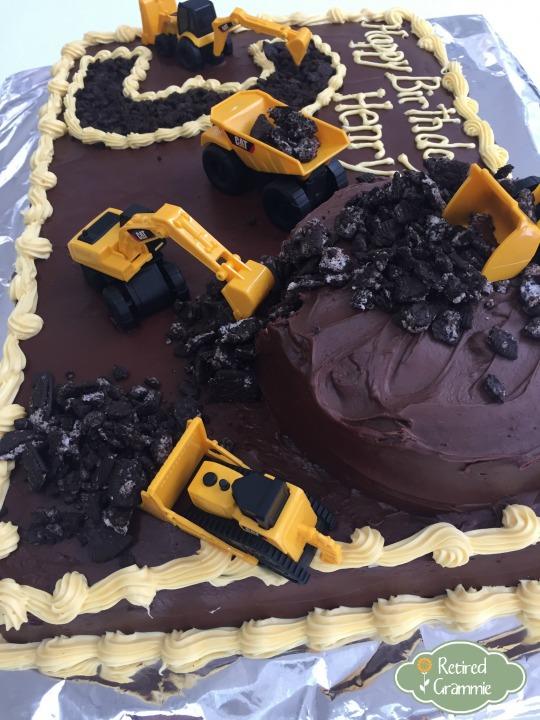 construction-birthday-cake